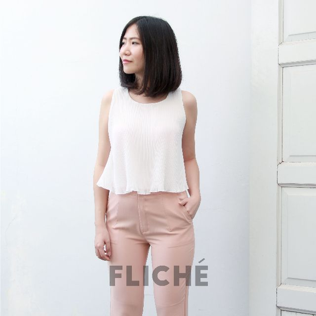 ELIDA PLEATED CROP