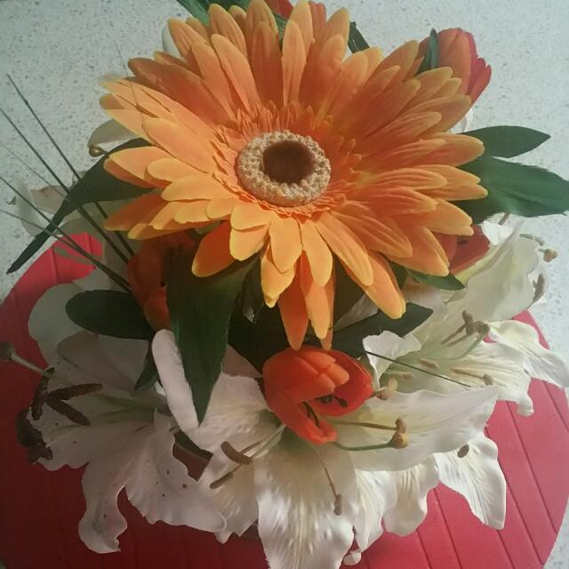 Floral Arrangement - Flowers