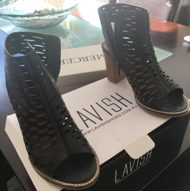 Lavish Shoes 37