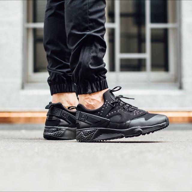 b64590ceb2f124 Nike Air Huarache Utility Mesh Black