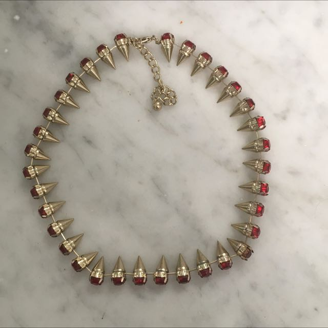 Pointed Yellow Gold Choker With Ruby Style Gems