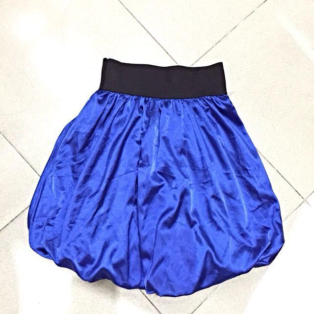 satin balon skirt + longsleeves top