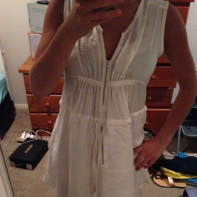 Witchery Size 10 White Dress