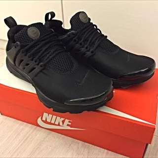 Nike Air Presto 全黑