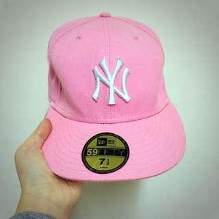 2️⃣手New Era 洋基棒球帽