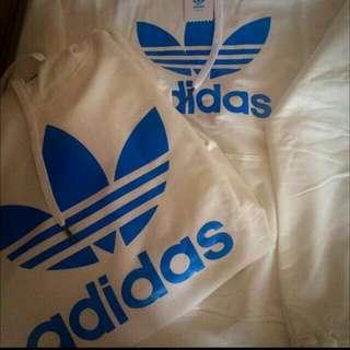 Adidas正版全新冬天帽T(尺寸齊全)五種顏色 @ NT$2000