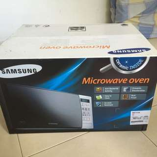 BNIB Samsung Microwave Oven 20 Liter