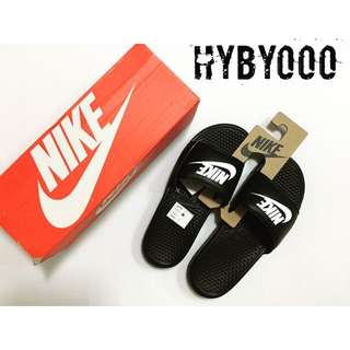 Nike 拖鞋 黑底白字LOGO