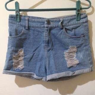 刷破水洗牛仔短褲(含運)