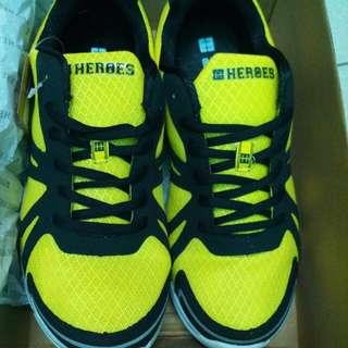 HYPER HOROSE慢跑鞋