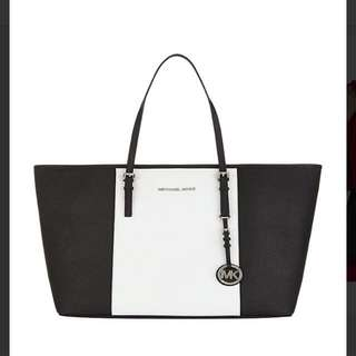 Michael Kors Tote Limited Edition (Black And White)