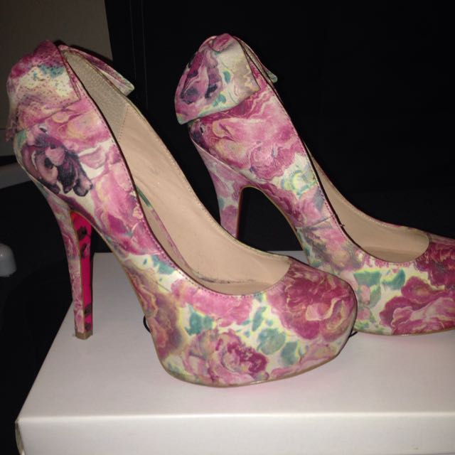 Betsy Johnson Flower Shoes With Bow Detail