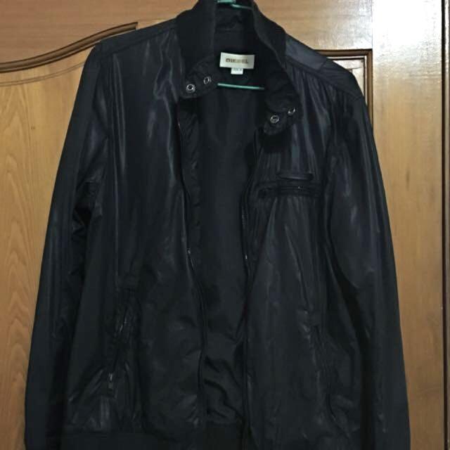Diesel黑夾克