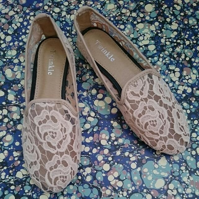 Imported Lace Flats