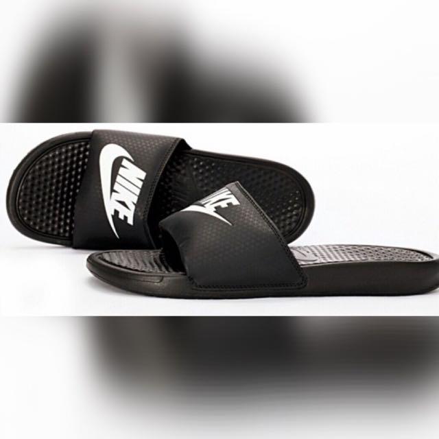 Nike 拖鞋