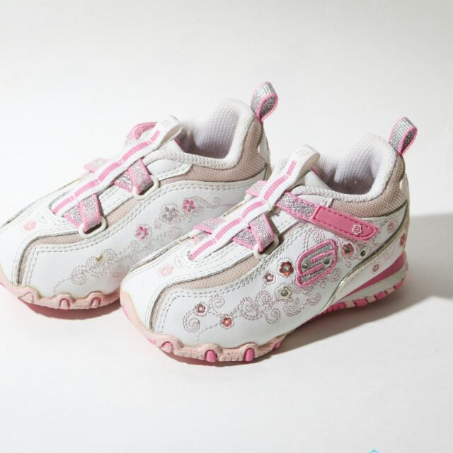 Skechers Light Up Shoes Size 5 (51005)