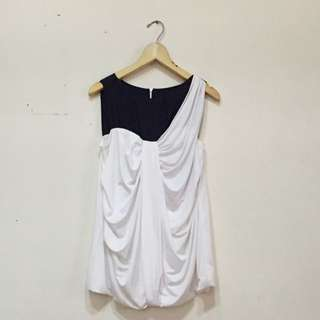 Ciel - Monochrome Sleeveless Blouse