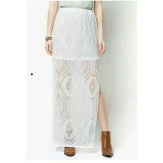 BNWT White Lace Maxi Skirt With Slit