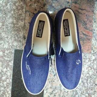 全新 Top Girl 牛仔藍素面休閒鞋 平底鞋 樂福鞋 懶人鞋 非Toms SHE代言