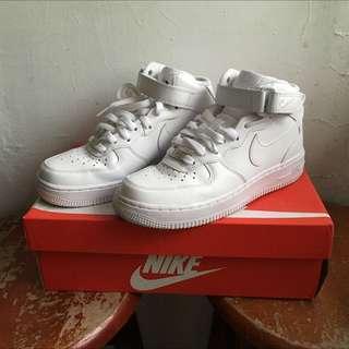 已售)Nike air force1 mid 空軍一號女鞋