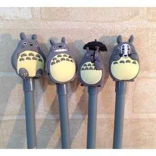 (現貨)龍貓商品館 保溫瓶 束口袋 吊飾 集線器 送禮 交換 造型筆 存錢筒 筆筒 文具