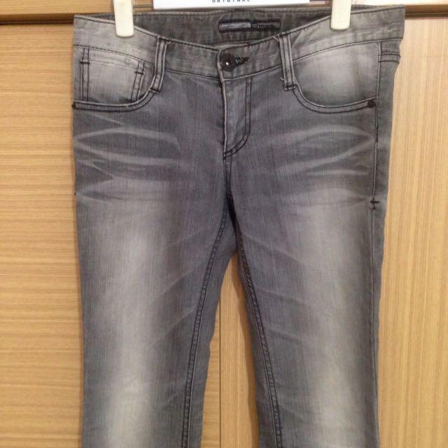 正韓灰色水洗單寧窄管褲