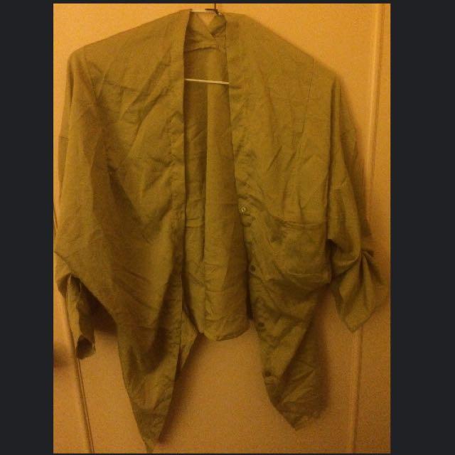 芥末黃絲質外套