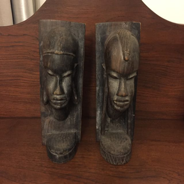 African Book Ends