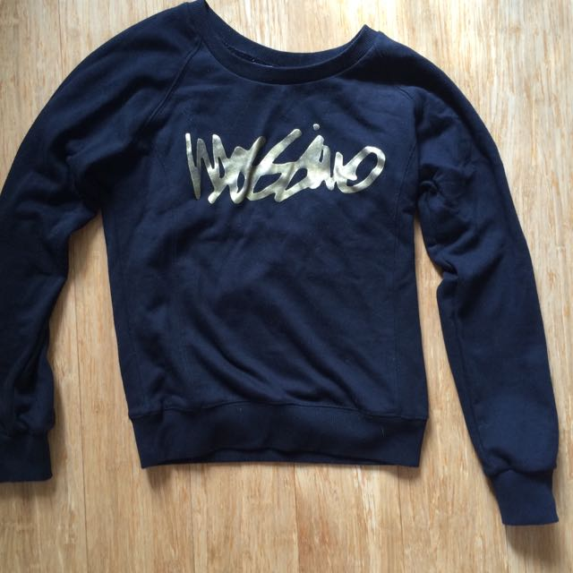 Mossimo black jumper - Size 10 but small fit so more of a 6