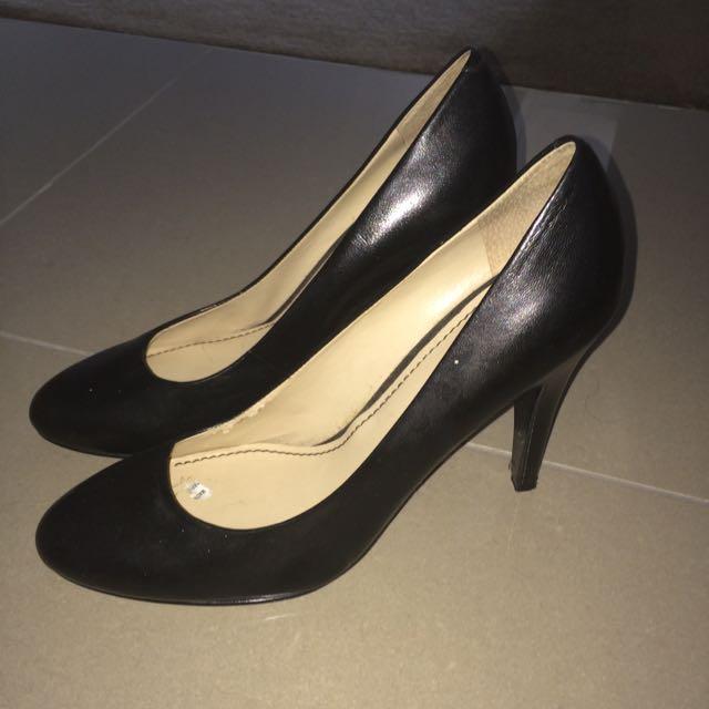 Nine West Heels Classic Size 8