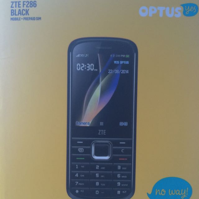 Simple Mobile Phone ( Optus ) - Almost New