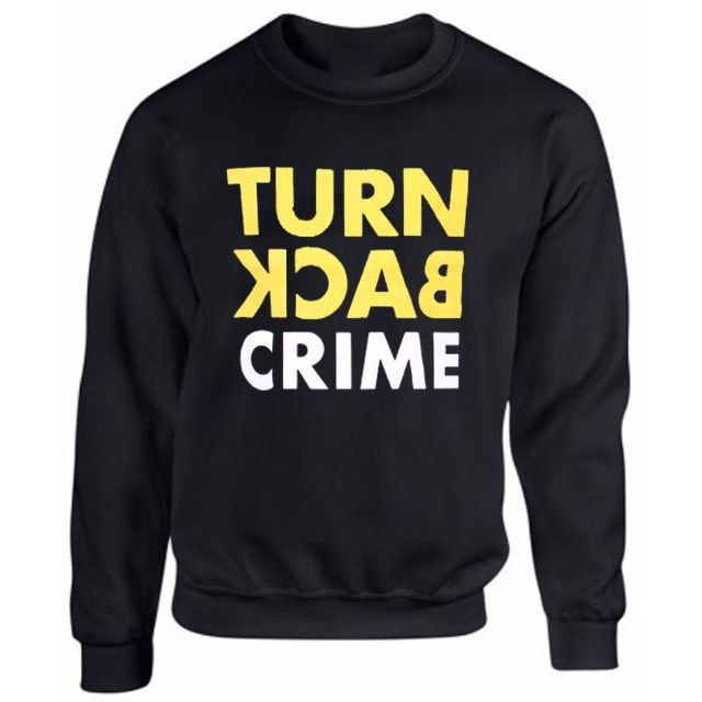 Sweater Turn Back Crime - Hitam