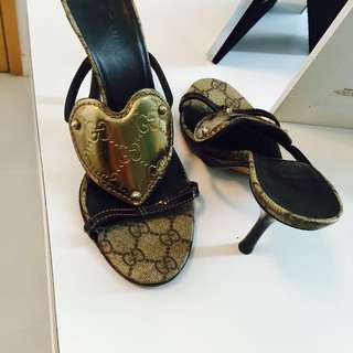 d406a7407e038b gucci slippers