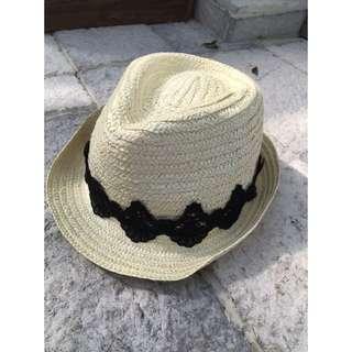 降價嘍📢(二手)Gu 日系蕾絲造型編織草帽 歐美風格