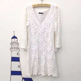 待匯 ASOS TFNC 白色玫瑰蕾絲七分袖 透膚洋裝 S