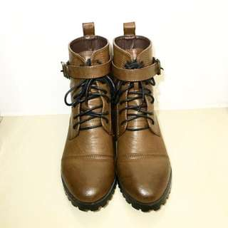 帥氣復古短靴23.5