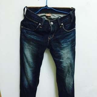 Levi's Levis 正品二手九成新牛仔褲 窄管 硬挺30腰