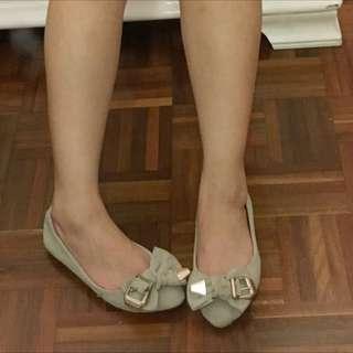 Beige Flats Size 35
