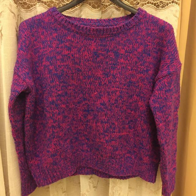 浪漫紫毛衣