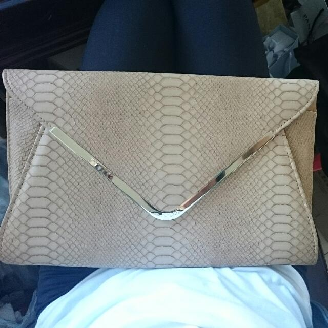 Collette Large Clutch
