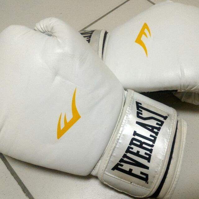 【EVERLAST】12oz 泰拳 拳擊手套 白色