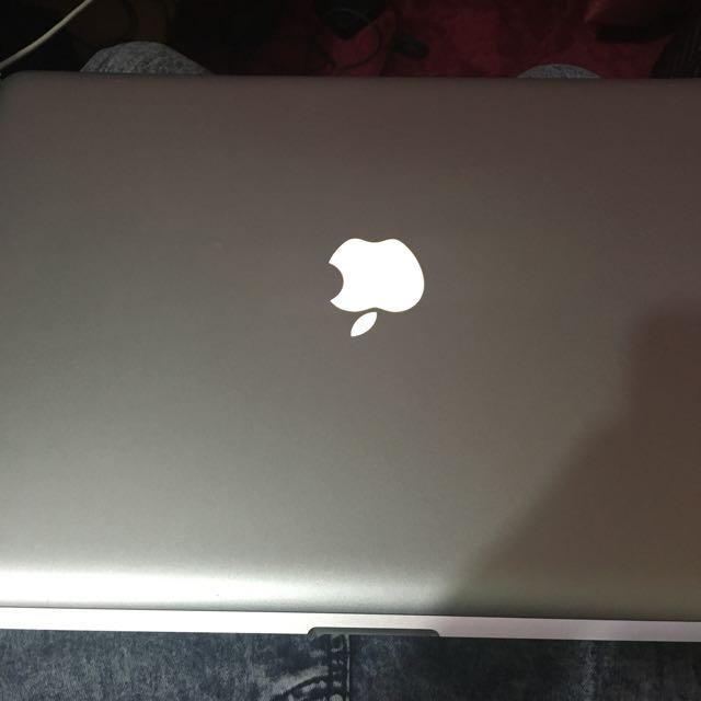 Macbook Pro 15 Inch (Screen Not Working)