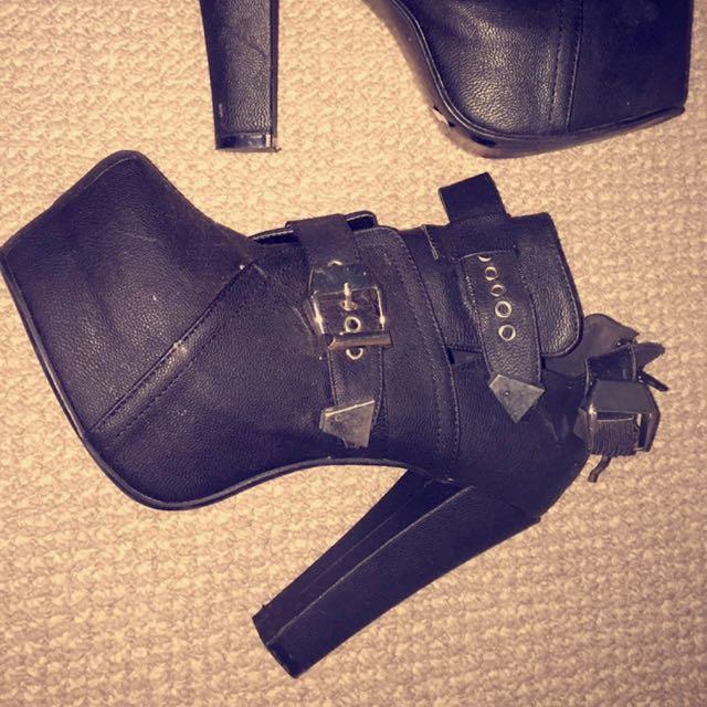 Size 38 Black Pleather Heels Rubi Shoes