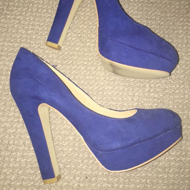 Size 7/7.5 Blue Stiletto Heels, Great Condition