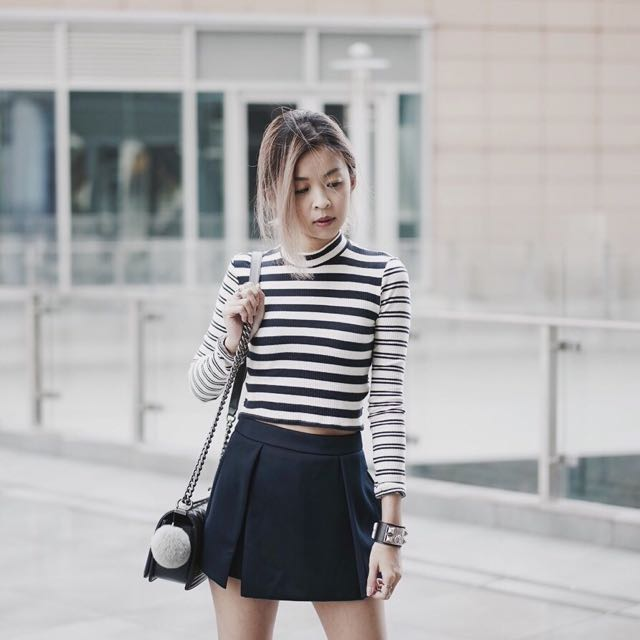 TCL Dawn Pleated Skorts, Women's Fashion on Carousell