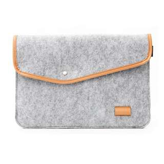 [INSTOCK] 💼 15 inch Ash Felt Notebook / Laptop Clutch / Sleeve Bag