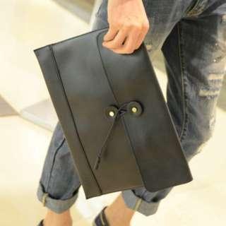 [INSTOCK] 💼 Retro Leather Envelope Clutch