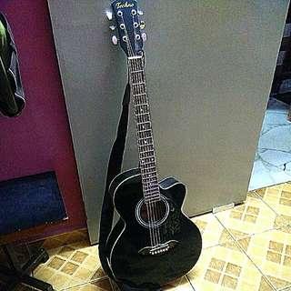 Acoustic Guitar + Bag + Pick