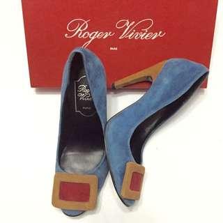 Sepatu Roger Vivier