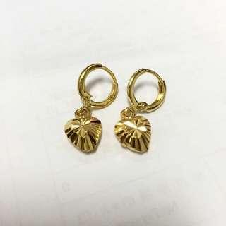 金色心型吊墜耳環